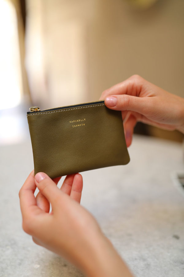 porte-monnaie de qualité en cuir kaki fabrique en France